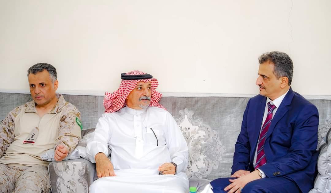 المحافظ لملس يلتقي قائد قوات التحالف العربي بالعاصمة عدن