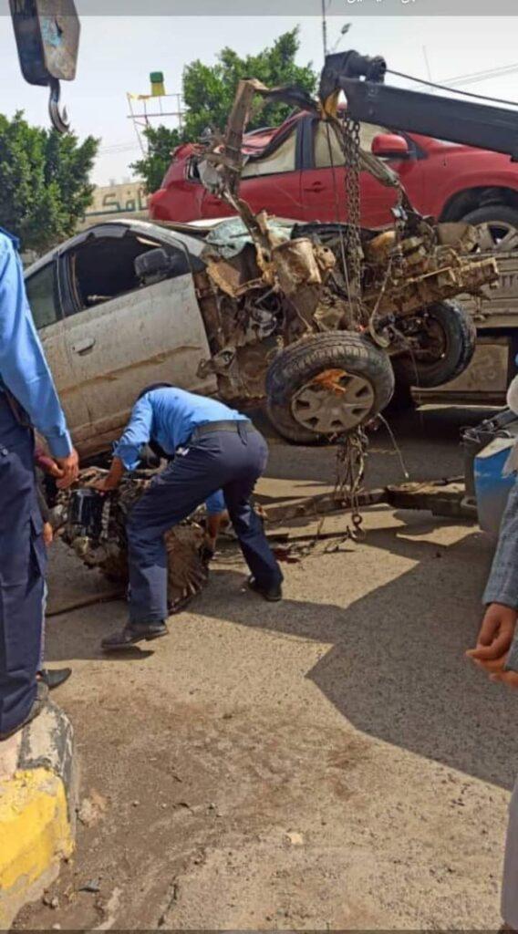 """حاول شاب مضايقتها لترتطم بسيارتها عرض عمود الكهرباء .. وفاة صيدلانية بحادث مروري مؤسف في صنعاء"""" صورة"""